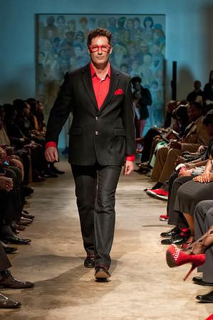 5th Annual Red Pump Red Tie Affair  Hart Witzen Gallery 12-7-13 021