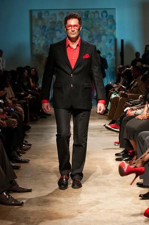 5th Annual Red Pump Red Tie Affair  Hart Witzen Gallery 12-7-13 022