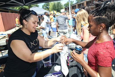 UNCP welcomes freshmen with a Block Party on Tuesday, August 13th, 2013. block_party_0047.JPG