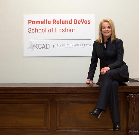 Pamella Roland Devos.