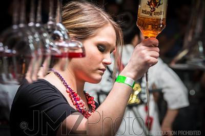 TGIFs Bar Wars_20130224-114