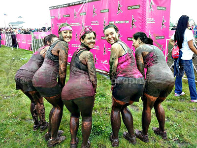 2013 Dirty Girl Mud Run Mud Hotties