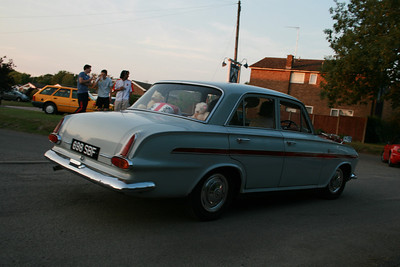 20130709 Lordship,Arms Classic Car Night