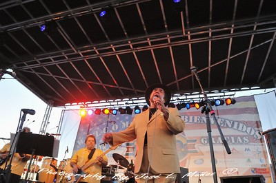 Sunny Ozuna & The Sunliners