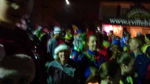 2014 - 12 - Crazies Christmas Lights Run