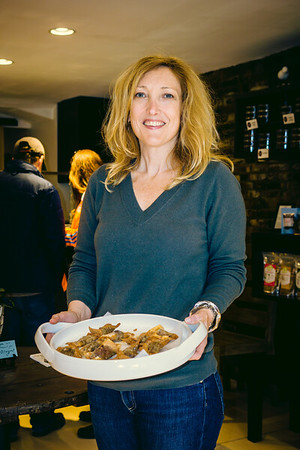 Tara Shea of Cocoanuts with nibbles from Volle Nolle