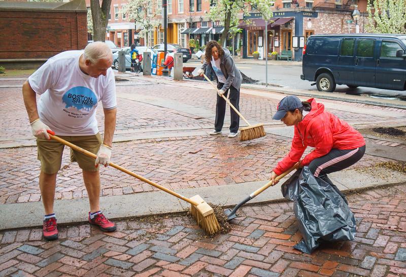 Bob, Toni and Kathy get sweeping on the Prado
