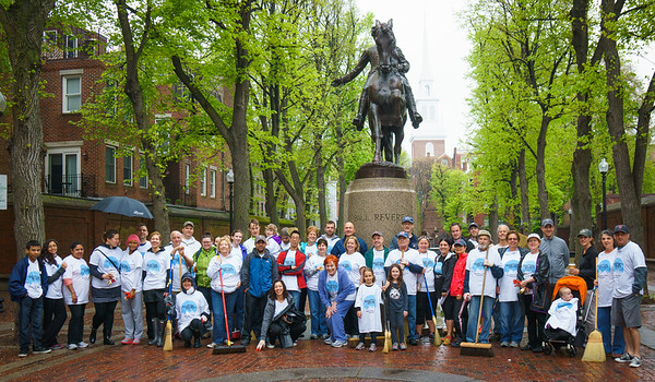 Rain could not stop this large crew of North Enders from partipating in the 2014 boston Shines