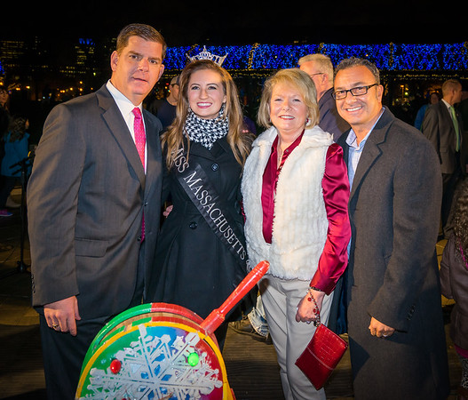 2014 Trellis Lighting at Christopher Columbus Park with (L-R) Mayor Marty Walsh, Miss Massachusetts, FOCCP President Joanne Hayes-Rines and City Councilor Sal LaMattina