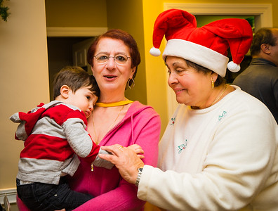 Viv, Michele and MMB Jr spreading Christmas cheer