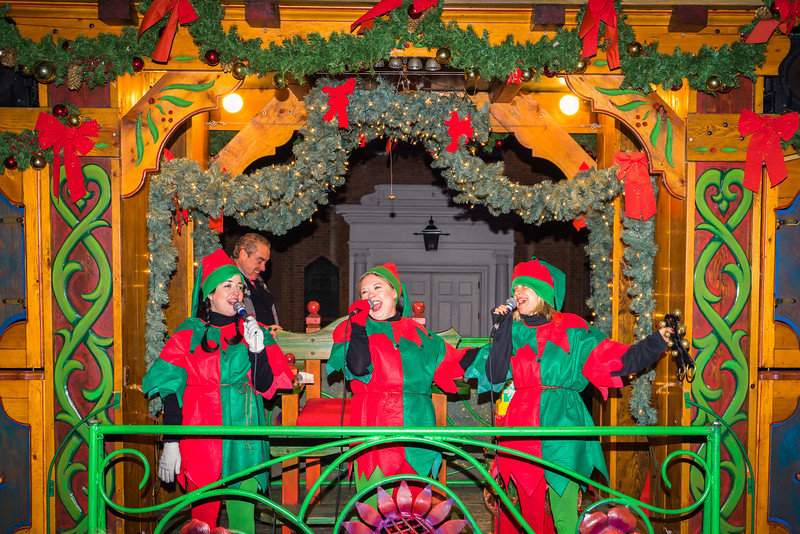 Festive singers on the Mayor's Trolley Tour