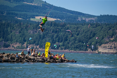 2014 Kiteboarding 4 Cancer