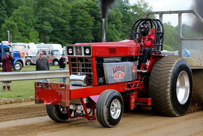 14 06 13 Twin Tier Tractor Pull-058