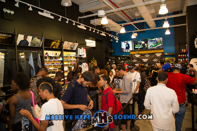 INVISIBLE BULLY-Presents Sicker Than Your Average Meet & Greet-French Montana & DJ Envy @FootAction (7.22.14)