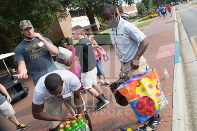 Students move in to their Dorms at the University of North Carolina at Pembroke on Monday, August 18th, 2014. move-in-2014_0020.JPG