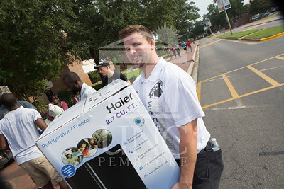 Students move in to their Dorms at the University of North Carolina at Pembroke on Monday, August 18th, 2014. move-in-2014_0021.JPG