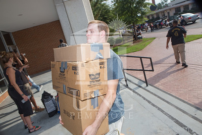 Students move in to their Dorms at the University of North Carolina at Pembroke on Monday, August 18th, 2014. move-in-2014_0005.JPG