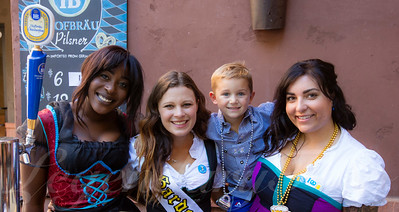 Nakato, Victoria, Charlie, and Lisa at Oktoberfest 2015