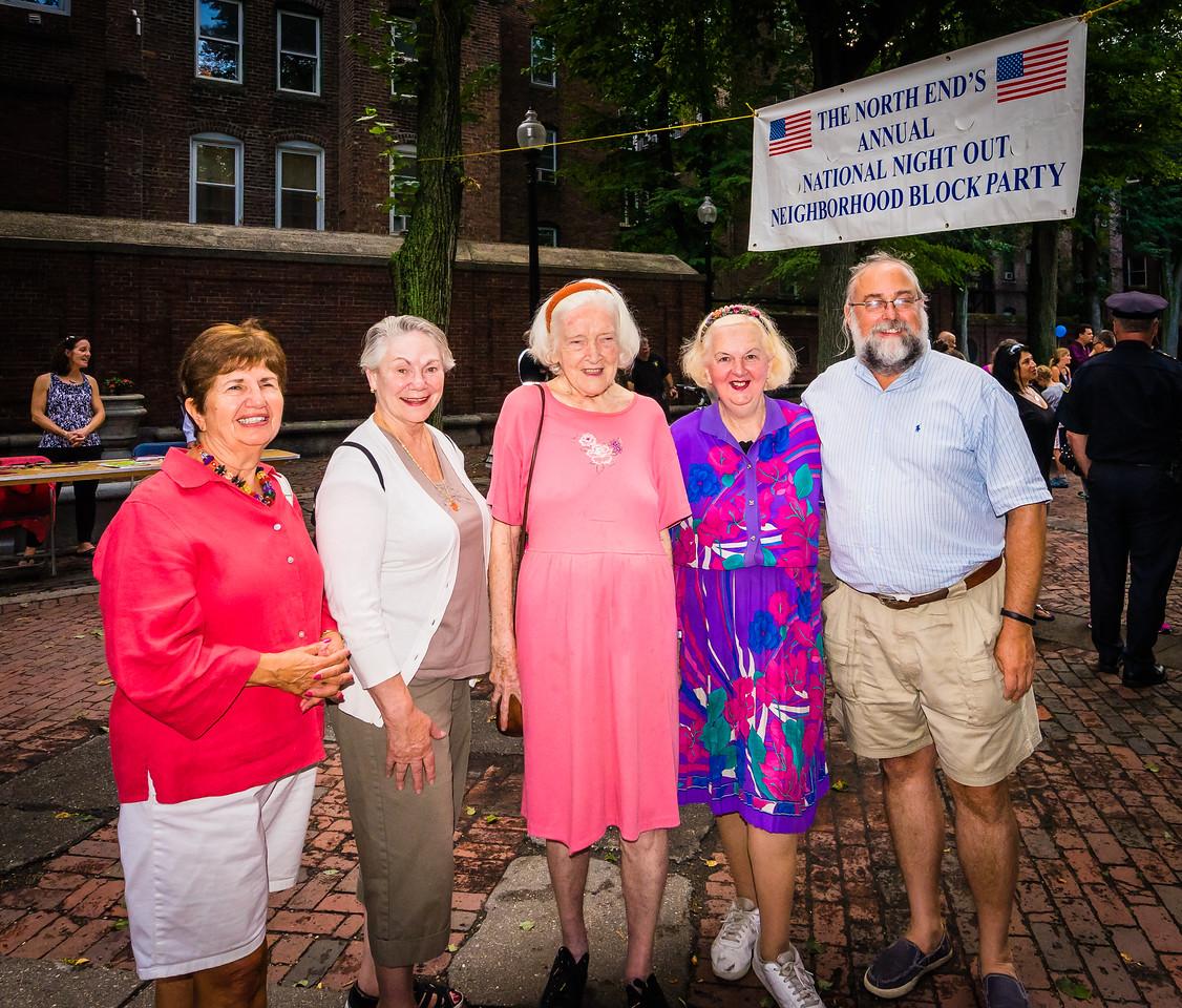 Community spirit with (L-R) Diane Royale, Phyllis Vitti, Rosemary McAullife, Michele Morgan and Ford Cavallari