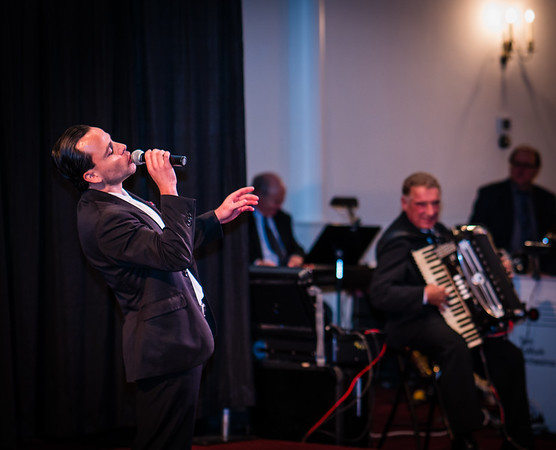 Gian Faraone croons at Italy American Style Concert