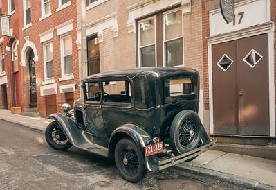 1920's automobile on Margaret street