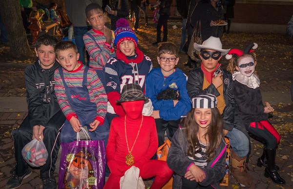 2015-11   Halloween Party on the Prado