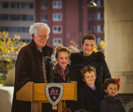 Peter Lynch and Family helped fund the skakepark