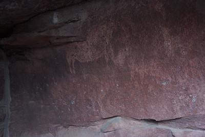 Prado del Navazo cave paintings