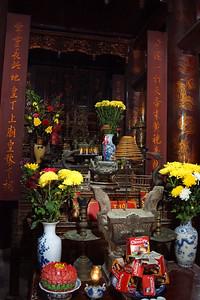 Hoa Lu temple