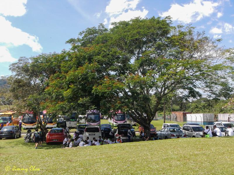 Relaxing at Kuala Woh 's Sg. Batang Padang.