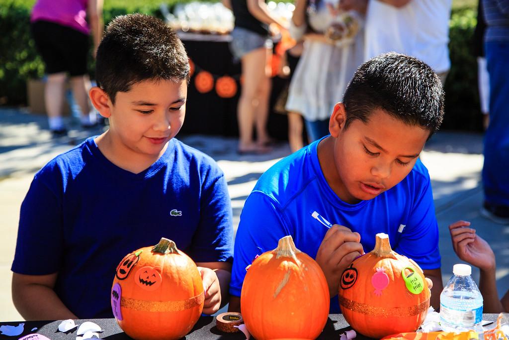 Brookfield Pumpkin Party_20151024_060