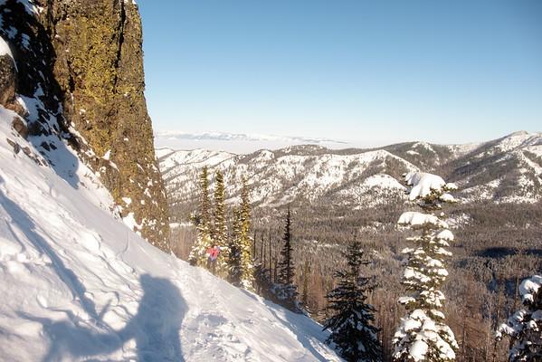 Diana coming up the ridge. Decent views (^_^).