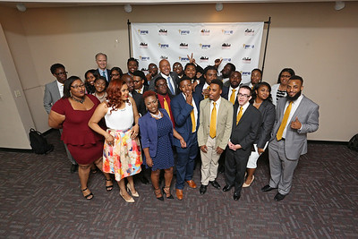 013_YearUp-Graduation_07-22-16