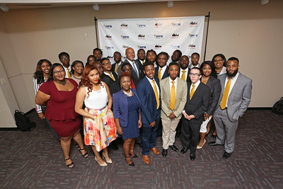 010_YearUp-Graduation_07-22-16