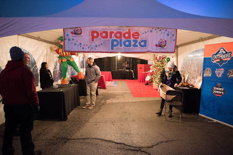 Parade2016-LP-009