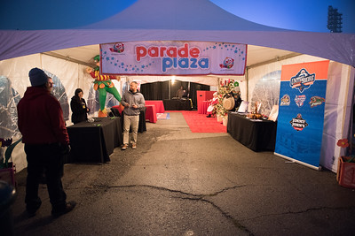 Parade2016-LP-010
