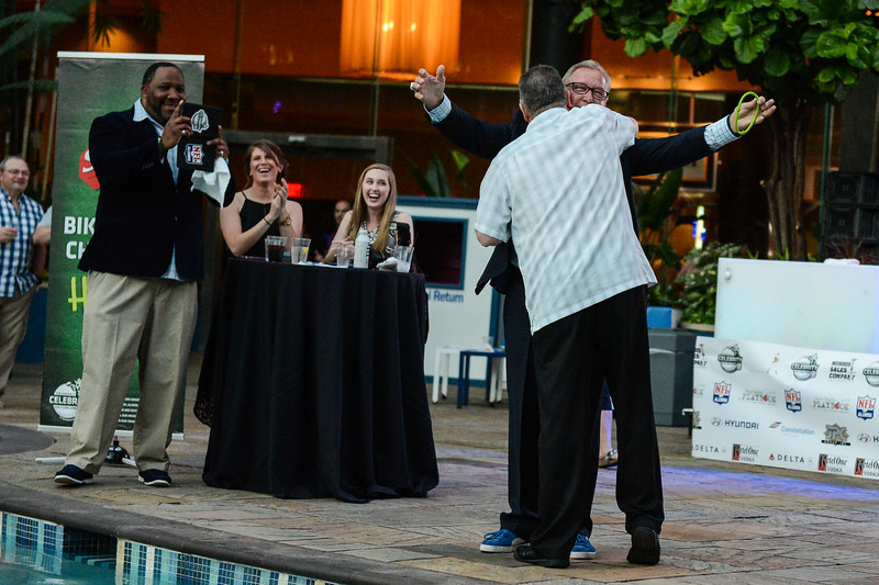2016 Ron Jaworski Celebrity Golf Tournament Pairings Party.