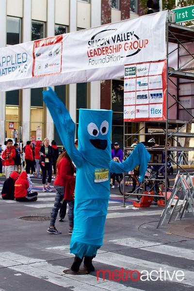 Costume contest entrant