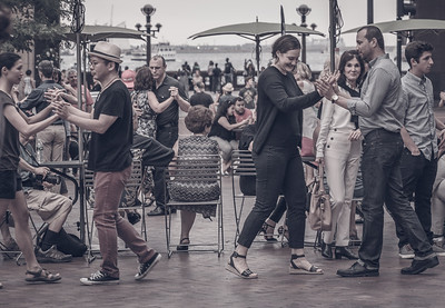Dancers and spectators at Tango in the Park