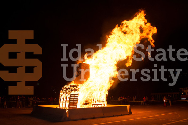 Homecoming Bonfire 2016
