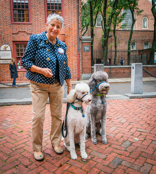 Pidg and her dogs on the Prado