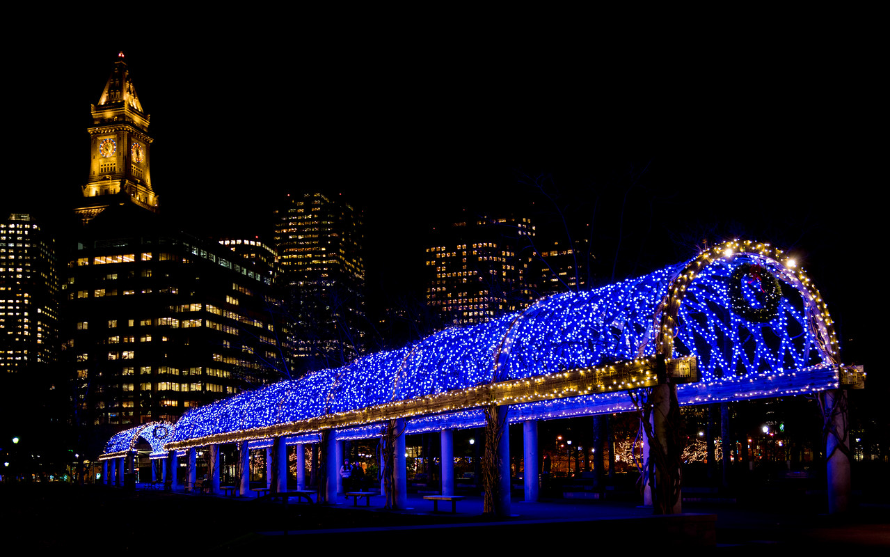 trellis at christopher columbus park with custom house tower lighting g