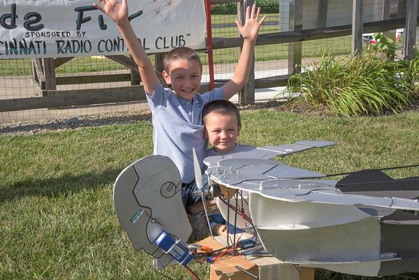 Kids Fly