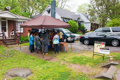 Realtors Care Day with CMHP Rehab Blitz in Druid Hills 4-22-16 by Jon Strayhorn