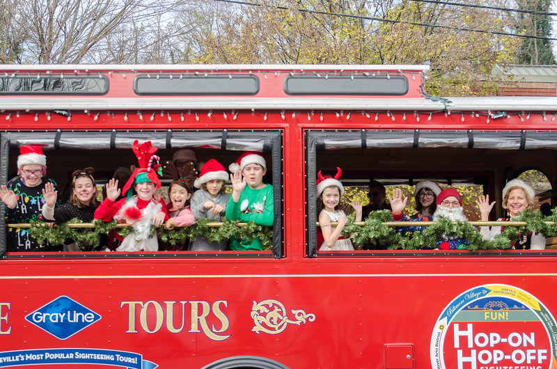 2017 Asheville Holiday Parade-13