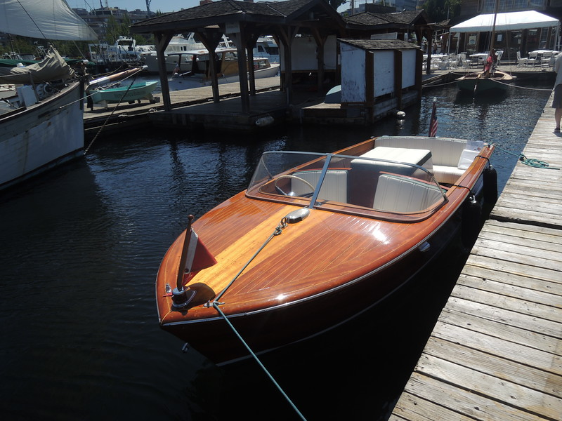 A lovely Chris-Craft from the wooden boat era of that brand.