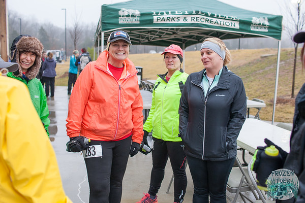 The fog and rain didn't stop adventurous runners from taking the trails on Kessler Mountain during Fayetteville's Frozen Toes 15k, Saturday.  Photos for this race have been paid for courtesy of Fayetteville Parks and Recreation.  Race Participants are granted permission to make any and all prints and to post online as wanted for personal use only. This authorization pertains to and only to the images that begin with the numbers Frozen Toes - Megan 0001.