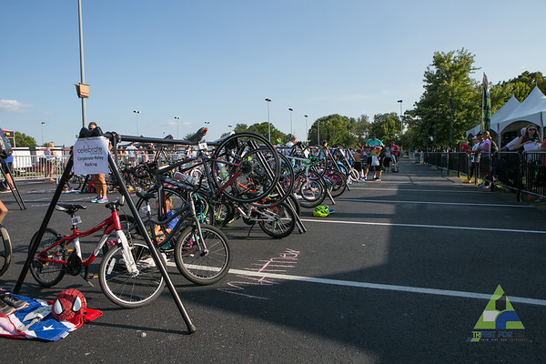 Friday evening, day 1 of Trifest for MS 2017, kicked off with the kids, parakids triathalon and 5k at Memorial Park, Bentonville.