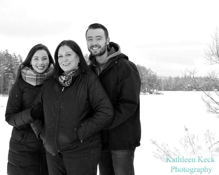 12-24-17 Liz Pope and Family  (72) bw