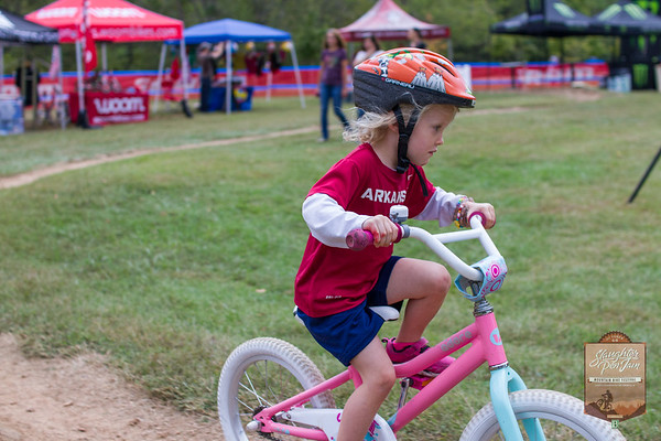 Day 2 events of Slaughter Pen Jam consisted of the NICA race, kids race, and the Archery Biathlon.
